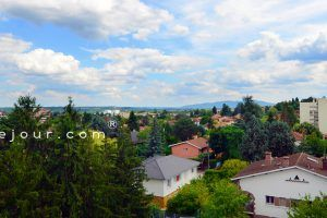 villefranche-location-la-beaujolaise-pano-vue