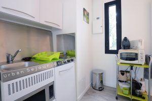 villeurbanne-location-terrasse-des-hopitaux-cuisine-e