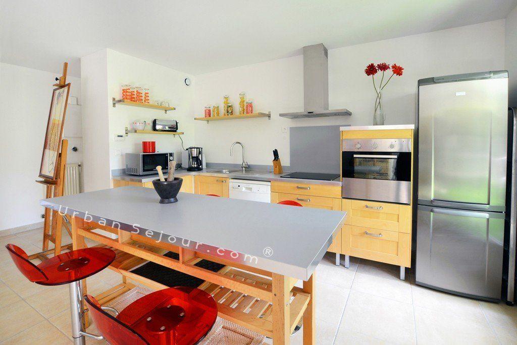 Location appartement meubl avec 2 chambres et parking location saisonni re - Magasin cuisine part dieu ...