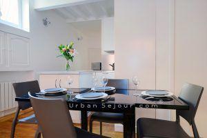 lyon-5-location-saint-george-place-commanderie-cuisine-b