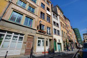 lyon-5-location-saint-george-place-commanderie-immeuble-b