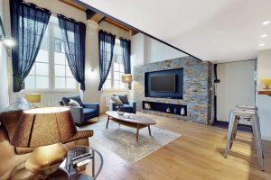 Urban-Sejour-Appartement-Place-Tolozan-Lyon-01-03222021_190440
