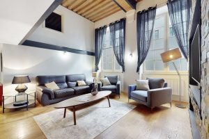 Urban-Sejour-Appartement-Place-Tolozan-Lyon-01-03222021_190853